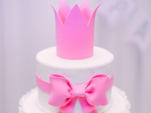 Birthday Cake - Pink Crown
