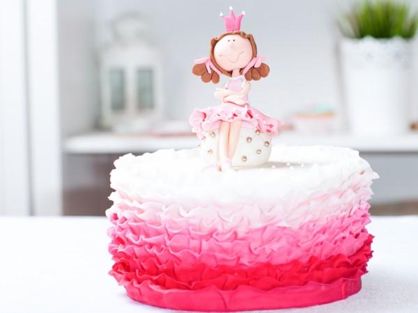 Stupendous Birthday Cake Princess Cakes Bakes Personalised Birthday Cards Veneteletsinfo