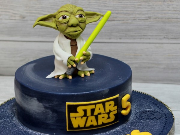 Awe Inspiring Birthday Cake Star Wars Birthday Cakes Cakes Bakes Birthday Cards Printable Riciscafe Filternl